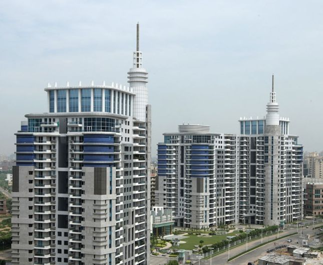 DLF Pinnacle
